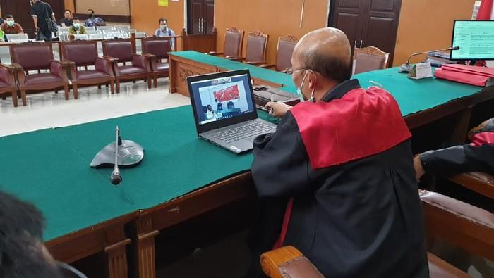 Warga Medan Perjuangan Disidang Karena Kasus Judi Poker Online