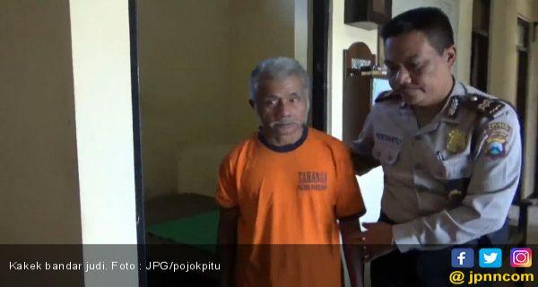Polisi Cilacap Cokok Pedagang Judi Togel Berumur 72 Tahun